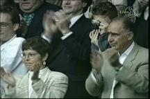Sampras' parents Georgia and Sammy applaud as Pistol Pete beats Pat Rafter in the 2000 Wimbedon final