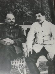 Lenin and Stalin - the fathers of the Revolution and the USSR
