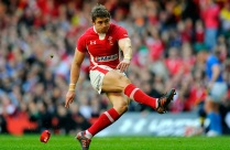 Leigh Halfpenny; practised kicking with his grandfather