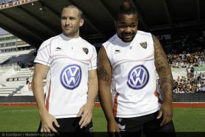Ying and Yang: former Wallaby international Matt Giteau has formed a potent centre pairing with Bastareaud at Toulon