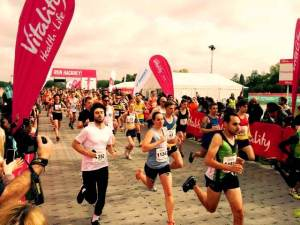 Start of teh Hackney Half-Marathon 2015 (photo: Roddy Gibson)